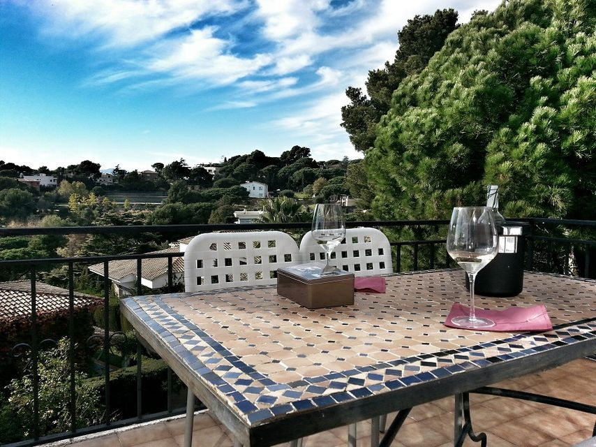 Big house for sale in urbanization of Lloret de Mar